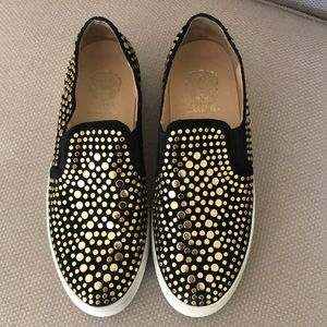 Vince Camuto slip On's